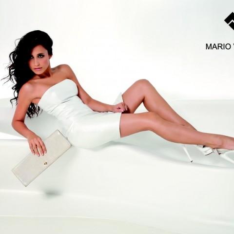 Paula Méndez para Mario Valentino